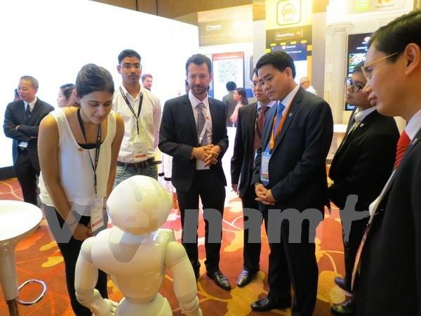 河内希望新加坡3M集团协助研究和试点展开市内交通限制系统 hinh anh 1