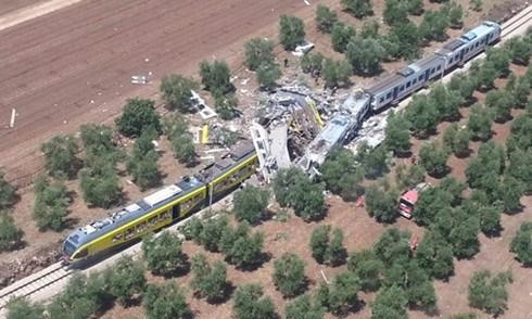 意大利南部火车相撞:尚未收到有越南公民遇难的消息 hinh anh 1