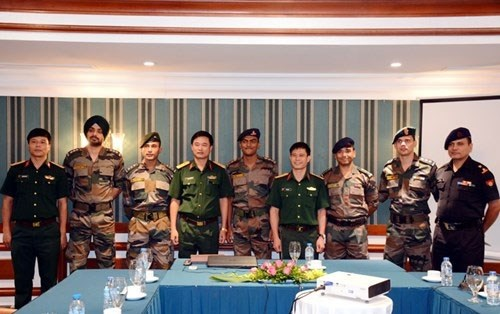 印度年轻军官代表团在越南举行系列交流活动 hinh anh 2