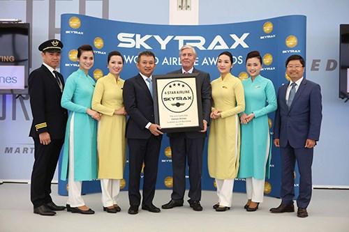 越南国家航空总公司荣获四星级航空公司认证证书 hinh anh 1