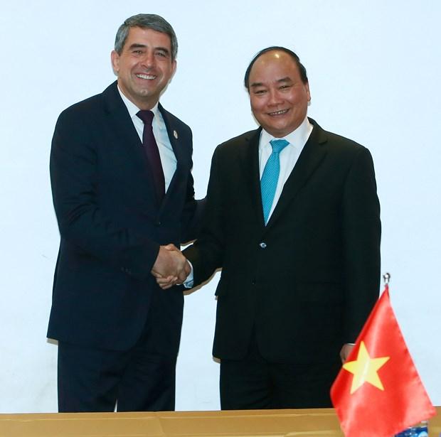 越南政府总理阮春福会见中国总理和保加利亚总统 hinh anh 3