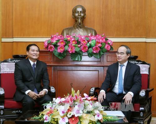 越南祖国阵线与老挝建国阵线加强合作关系 hinh anh 1