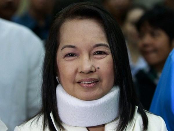 监禁5年菲律宾前总统雅罗育获释 hinh anh 1