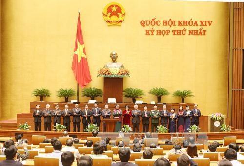 越南第十四届国会第一次会议:国会代表对国会活动继续革新信心十足 hinh anh 1