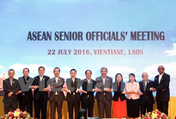 东盟高官会议强调增强内部团结统一的重要性 hinh anh 1