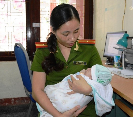 越南全民打击贩运人口日:越南人口被拐卖到中国案件呈上升趋势 hinh anh 3