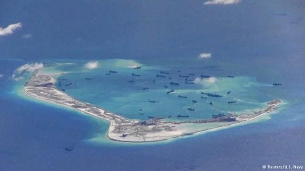日本媒体呼吁中国尊重国际法 hinh anh 1