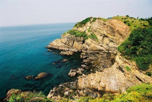 前往广宁省姑苏岛的外国游客不需要申请边境地区旅行证 hinh anh 1