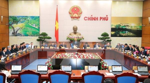 政府7月例行会议:尽快完善《经营投资系列法律修改补充法》(草案) hinh anh 1