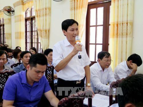 越南政府副总理范平明接触太原省的选民 hinh anh 2