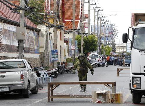 泰国多个旅游胜地连遭爆炸:没有越南公民死伤 hinh anh 1