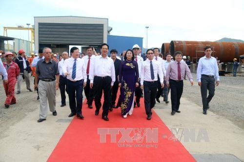 越苏石油联营公司成立35周年暨第一吨原油开钻30周年纪念仪式 hinh anh 1