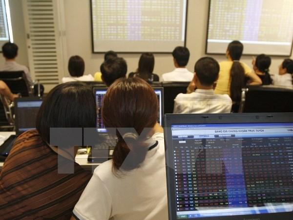7月份外国投资者在河内证券交易所净买入870万只股 hinh anh 1
