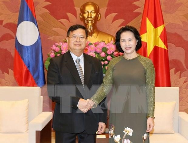 越南国会主席阮氏金银会见老挝国会副主席宋潘·平坎米 hinh anh 1