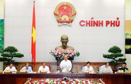 阮春福总理:国家工作人员是行政改革最关键的因素 hinh anh 1