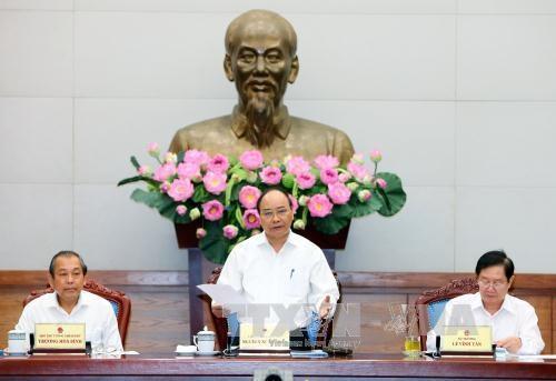 阮春福总理:国家工作人员是行政改革最关键的因素 hinh anh 2