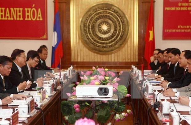 老挝国会副主席宋潘•平坎米访问清化省 hinh anh 1