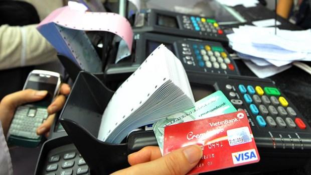 越南力争至2020年50%市民不使用现金支付 hinh anh 1