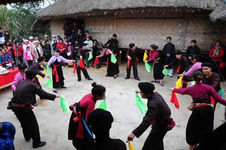 保护瑶族同胞非物质文化价值 hinh anh 1