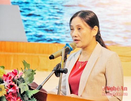 """""""黄沙和长沙归属越南—历史证据和法律依据""""地图资料展在乂安省举行 hinh anh 2"""