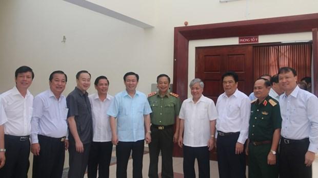 政府副总理王廷惠:落实好民族和宗教政策保障边境安全 hinh anh 1