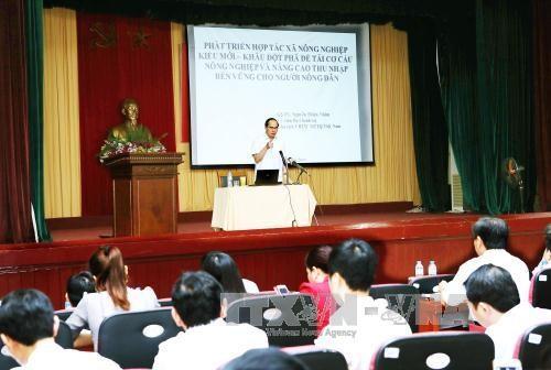 越南祖国阵线中央委员会主席阮善仁:以新型合作社作为农业结构调整的突破口 hinh anh 1