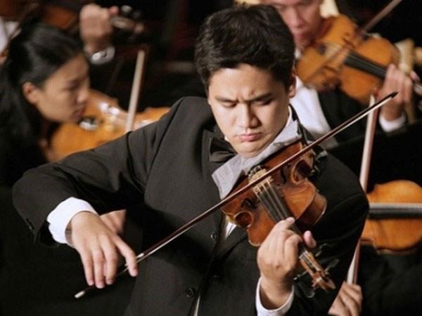 著名小提琴艺术家裴功维将参加越美友谊合奏音乐会 hinh anh 1
