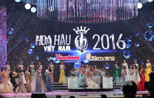 2016年越南小姐选美大赛总决赛:杜美玲佳丽摘得桂冠 hinh anh 1