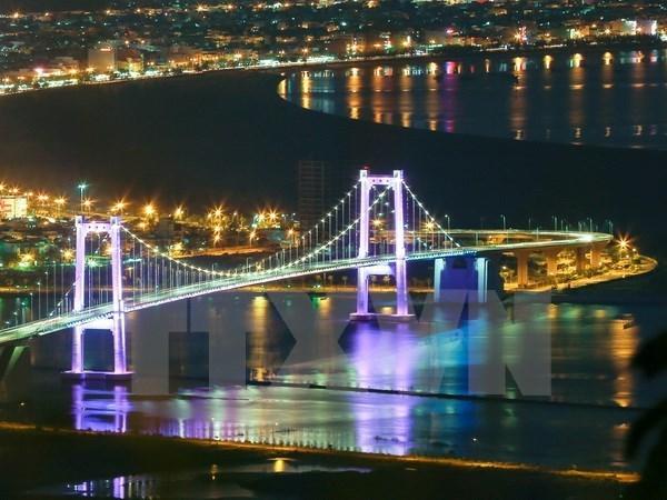 国庆节假期岘港市接待游客量同比增长7% hinh anh 1