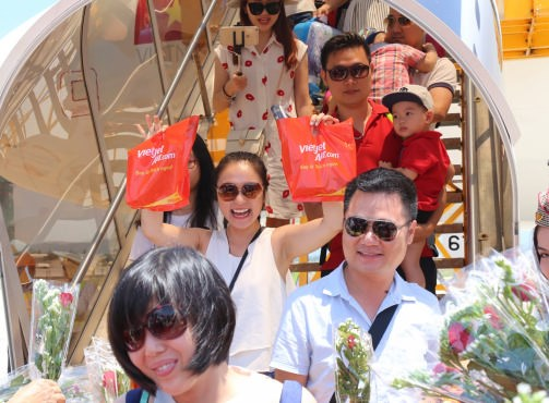 越捷航空公司推出15万张特惠机票 庆祝三条新国际航线开通 hinh anh 2
