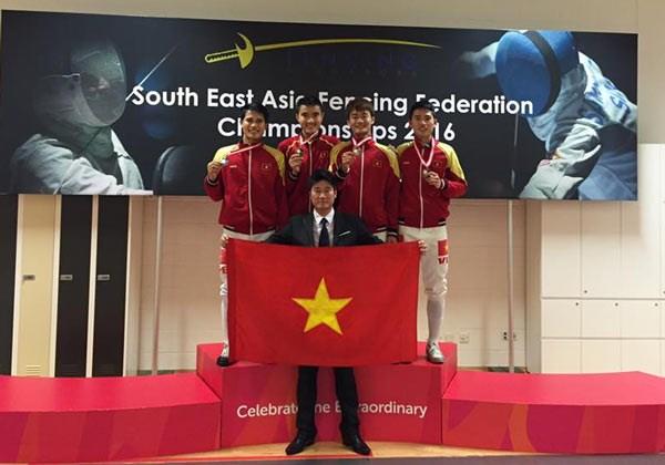 2016年东南亚击剑锦标赛:越南击剑队夺取两枚金牌 hinh anh 1