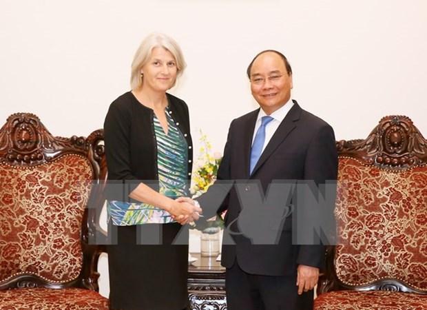 越南政府总理阮春福会见丹麦驻越大使夏洛特·劳尔森 hinh anh 1