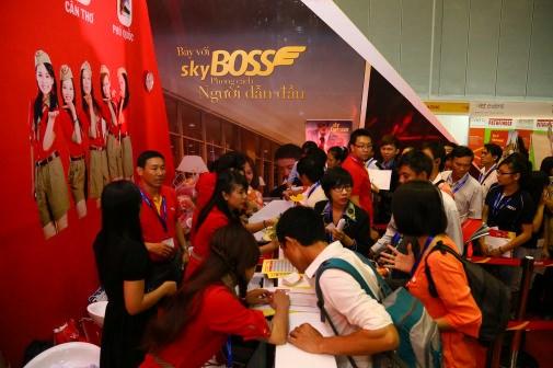 2016年胡志明市国际旅游展览会:越捷航空公司推出2100多张零价机票 hinh anh 1