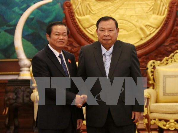 老挝领导人对越老两国国会的关系予以高度评价 hinh anh 1