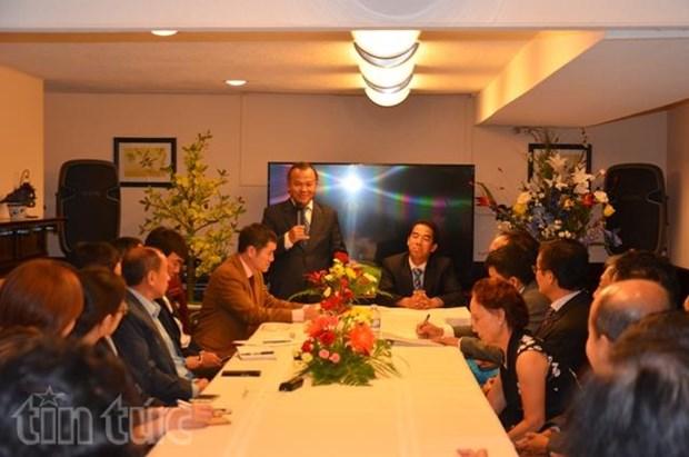 越南外交部旅外越南人国家委员会代表团访问加拿大 hinh anh 1