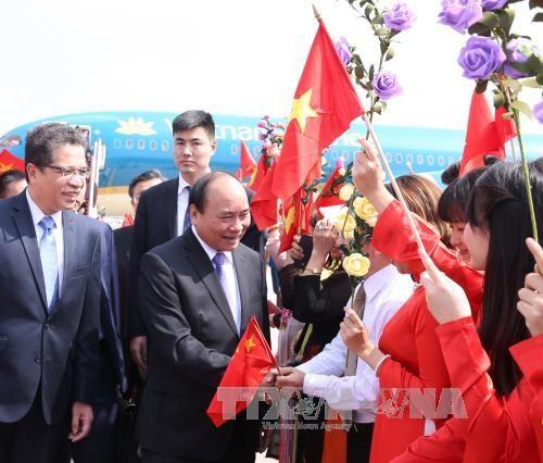 越南政府总理阮春福抵达北京开始对中国进行正式访问 hinh anh 2