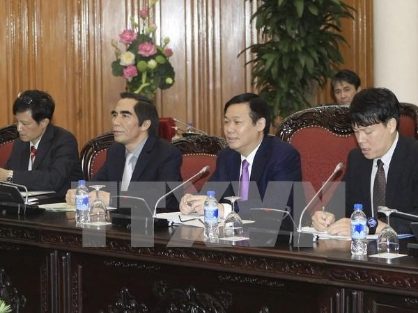 越南政府副总理王廷惠会见日本关西地区经济联盟代表团 hinh anh 1