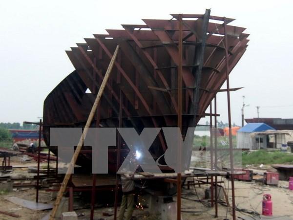 平定省增加向渔民移交7艘钢壳渔船 hinh anh 1