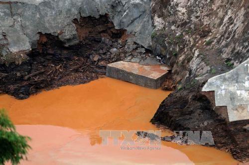广南省松邦2号水电站导流洞破裂造成两名工人失踪 hinh anh 2