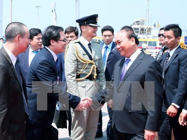 越南政府总理阮春福对中国香港特别行政区进行访问 hinh anh 1