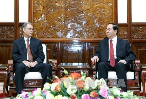 越南国家主席陈大光会见即将离任的摩洛哥驻越大使霍辛·法达尼 hinh anh 1