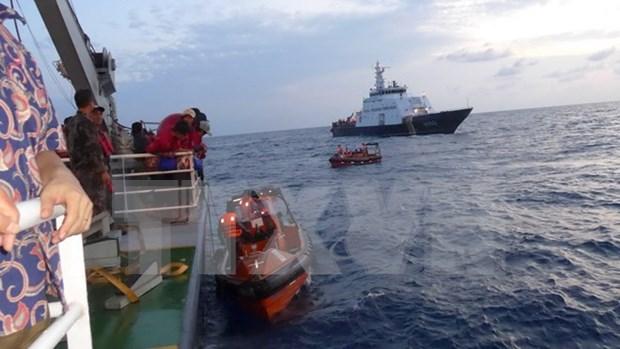 228名获印尼释放的越南渔民安全回国 hinh anh 1