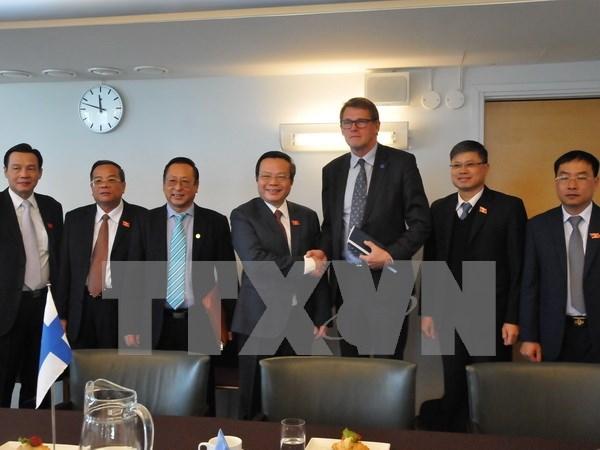 越南与芬兰立法机关加强合作 hinh anh 1