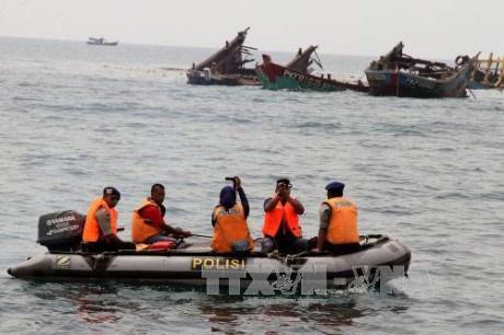 马来西亚将沉没非法捕捞的外国渔船 hinh anh 1