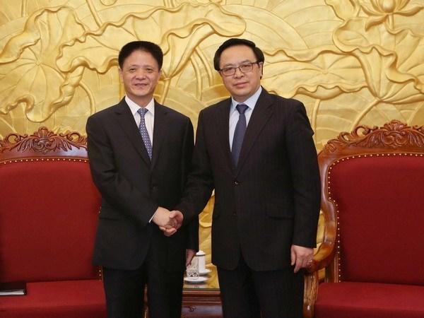 中国共产党干部代表团对越南进行工作访问 hinh anh 1