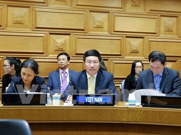 范平明副总理与阿根廷和意大利领导举行会晤并出席东盟外长非正式会议 hinh anh 2