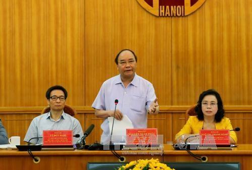 阮春福总理赞同河内市成立确保食品安全的快速反应机构 hinh anh 1
