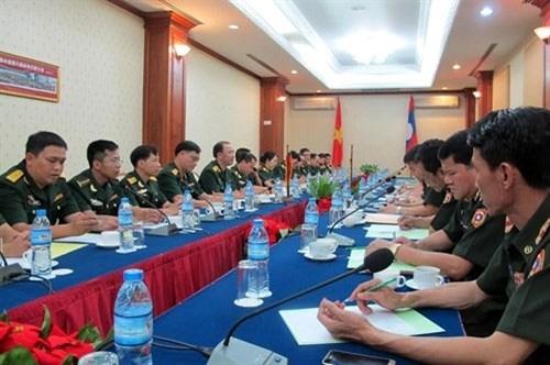 2016年越老年轻军官交流活动正式启动 hinh anh 1