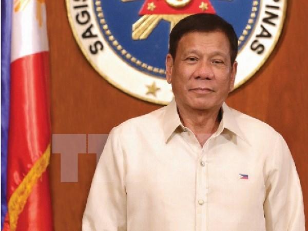 菲律宾总统罗德里戈·杜特尔特开始对越南进行正式访问 hinh anh 1