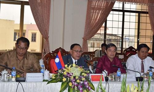 越南昆嵩省与老挝占巴塞省加强投资合作 hinh anh 3